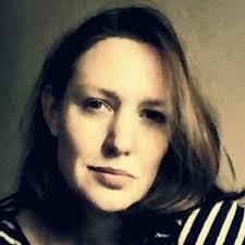 Paula Hawkins picture